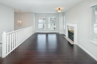 """Photo 4: 39 8716 WALNUT GROVE Drive in Langley: Walnut Grove Townhouse for sale in """"WILLOW ARBOUR"""" : MLS®# R2399861"""