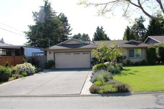 Photo 2: 1723 146TH Street in South Surrey White Rock: Home for sale : MLS®# F1412558