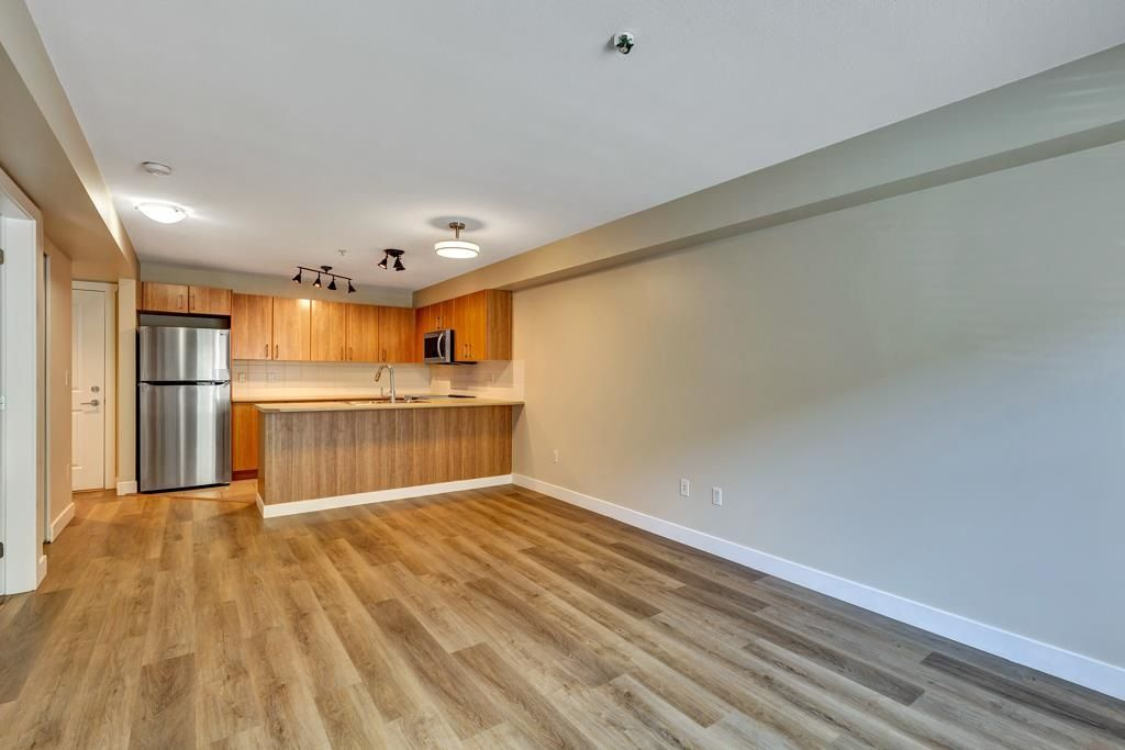 """Main Photo: 115 45567 YALE Road in Chilliwack: Chilliwack W Young-Well Condo for sale in """"THE VIBE"""" : MLS®# R2582869"""