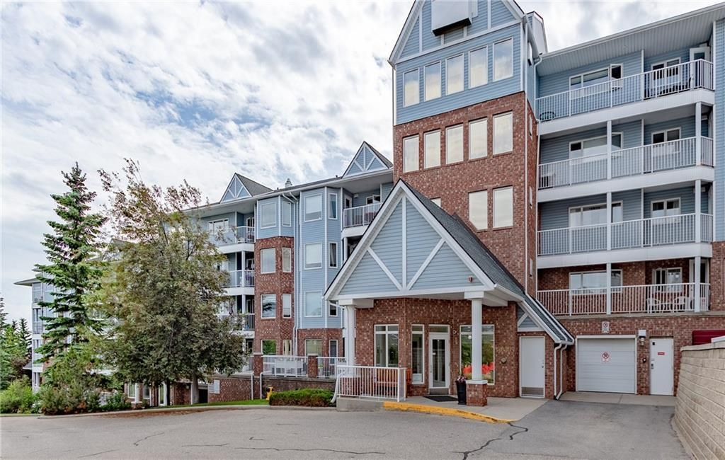 Photo 5: Photos: 3303 HAWKSBROW Point NW in Calgary: Hawkwood Apartment for sale : MLS®# C4305042