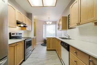 """Photo 10: 13 10038 150 Street in Surrey: Guildford Townhouse for sale in """"MAYFIELD GREEN"""" (North Surrey)  : MLS®# R2342820"""