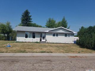 Photo 1: 102 Main Street in Landis: Residential for sale : MLS®# SK863944