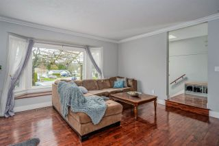 """Photo 6: 34602 SEMLIN Place in Abbotsford: Abbotsford East House for sale in """"Bateman Park"""" : MLS®# R2564096"""