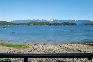 """Photo 4: 1512 TIDEVIEW Road in Gibsons: Gibsons & Area House for sale in """"LANGDALE"""" (Sunshine Coast)  : MLS®# R2535465"""