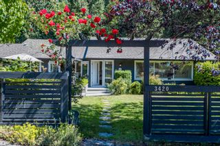 Main Photo: 3420 Rockview Place in West Vancouver: Westmount House for rent