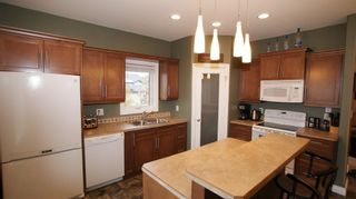 Photo 8: 47 Courageous Cove in Winnipeg: Transcona Residential for sale (North East Winnipeg)  : MLS®# 1220821