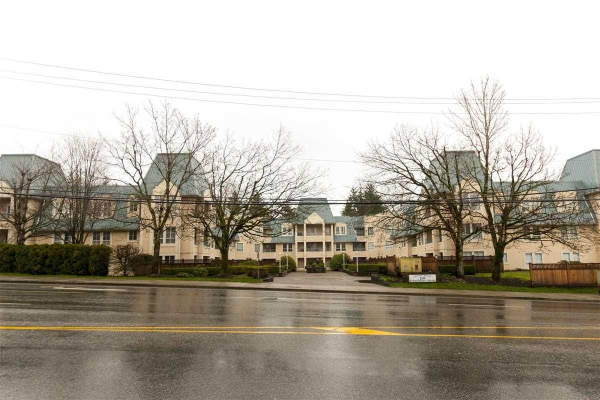 """Main Photo: 211 295 SCHOOLHOUSE Street in Coquitlam: Maillardville Condo for sale in """"Chateau Royale"""" : MLS®# R2237946"""