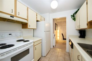 """Photo 19: 214 10662 151A Street in Surrey: Guildford Condo for sale in """"Lincoln Hill"""" (North Surrey)  : MLS®# R2501771"""
