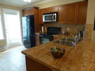 Photo 14: 22 6238 192 STREET in Surrey: Cloverdale BC Townhouse for sale (Cloverdale)  : MLS®# R2049428