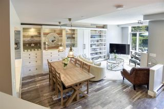 """Photo 5: 105 1383 MARINASIDE Crescent in Vancouver: Yaletown Townhouse for sale in """"COLUMBUS"""" (Vancouver West)  : MLS®# R2478306"""