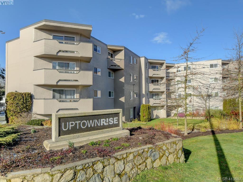 Main Photo: 404 3800 Quadra St in VICTORIA: SE Quadra Condo for sale (Saanich East)  : MLS®# 820447