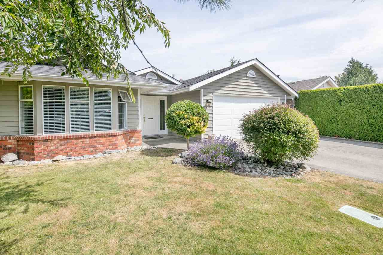 Main Photo: 5671 JASKOW Drive in Richmond: Lackner House for sale : MLS®# R2188267