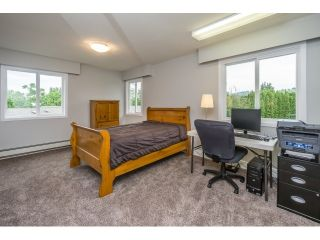 Photo 12: 2354 LOBBAN Road in Abbotsford: Central Abbotsford House for sale : MLS®# R2108627