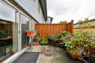 """Photo 10: 85 10760 GUILDFORD Drive in Surrey: Guildford Townhouse for sale in """"Guildford Close"""" (North Surrey)  : MLS®# R2222535"""