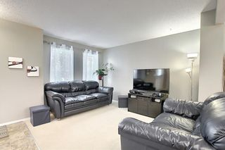 Photo 4: 120 EVERGLEN Road SW in Calgary: Evergreen Detached for sale : MLS®# C4305496