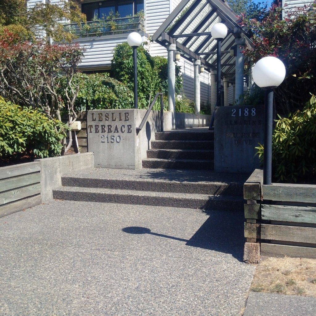 Main Photo: # 4 2150 SE MARINE DR in Vancouver: Fraserview VE Townhouse for sale (Vancouver East)  : MLS®# V987986
