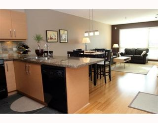 "Photo 2: 306 1315 56TH Street in Tsawwassen: Cliff Drive Condo for sale in ""OLIVA"" : MLS®# V753785"