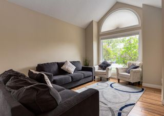 Photo 6: 86 Wood Valley Drive SW in Calgary: Woodbine Detached for sale : MLS®# A1119204