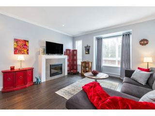 """Photo 3: 2 5888 144 Street in Surrey: Sullivan Station Townhouse for sale in """"ONE44"""" : MLS®# R2537709"""