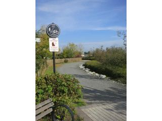 """Photo 11: 307 250 SALTER Street in New Westminster: Queensborough Condo for sale in """"PADDLER'S LANDING"""" : MLS®# V1103643"""