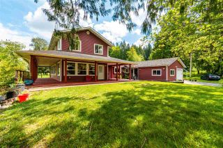 Photo 3: 24250 88 Avenue in Langley: County Line Glen Valley House for sale : MLS®# R2580545