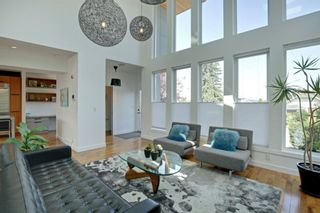 Photo 2: 2227 27 Avenue SW in Calgary: Richmond Detached for sale : MLS®# A1016365