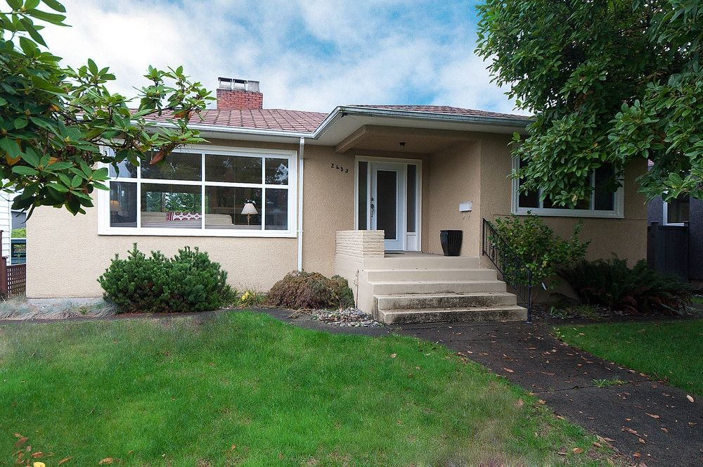 Main Photo: 2433 W 19TH Avenue in Vancouver: Arbutus House for sale (Vancouver West)  : MLS®# V851299