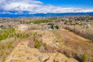 Photo 4: 26148 56 Avenue in Langley: Salmon River House for sale : MLS®# R2448504