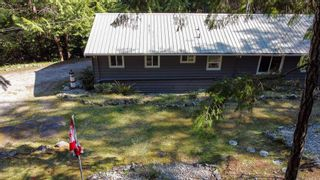 """Photo 7: 12715 LAGOON Road in Madeira Park: Pender Harbour Egmont House for sale in """"PENDER HARBOUR"""" (Sunshine Coast)  : MLS®# R2567037"""