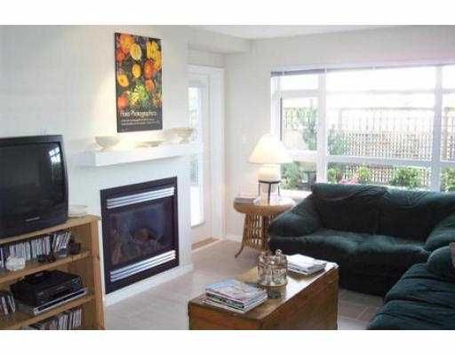 """Photo 4: Photos: 105 3148 ST JOHNS ST in Port Moody: Port Moody Centre Condo for sale in """"SONRISA"""" : MLS®# V542735"""