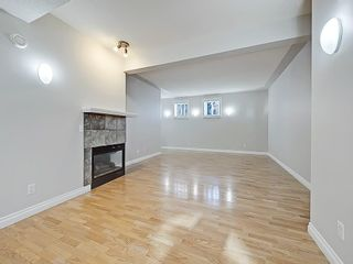 Photo 15: 302 Garrison Square SW in Calgary: Garrison Woods Row/Townhouse for sale : MLS®# C4225939