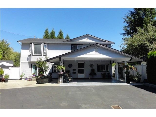 Main Photo: 5252 209TH Street in Langley: Langley City House for sale : MLS®# F1449073