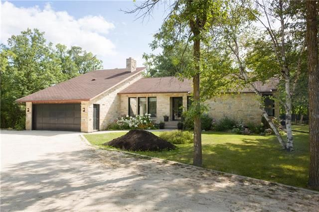 Main Photo: 72097 Henryville Road in Garson: R02 Residential for sale : MLS®# 1922189