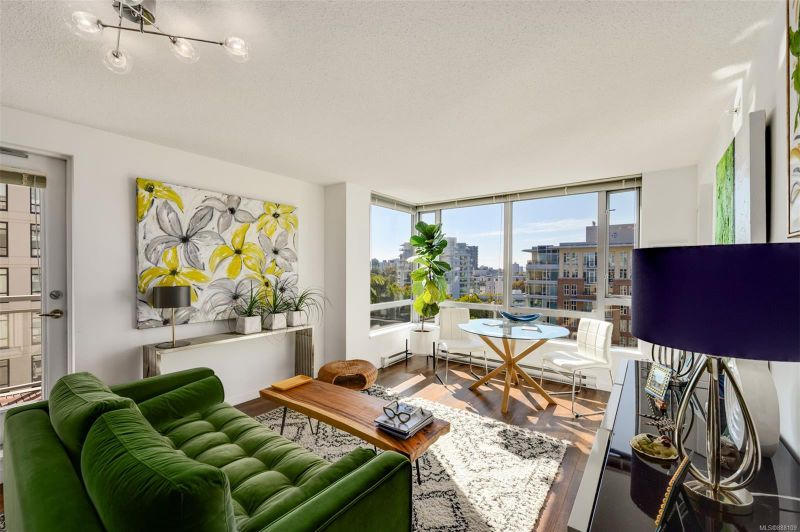 FEATURED LISTING: 1008 - 751 Fairfield Rd