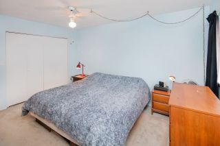 """Photo 13: 603 WESTVIEW Place in North Vancouver: Upper Lonsdale Townhouse for sale in """"Cypress Gardens"""" : MLS®# R2211101"""