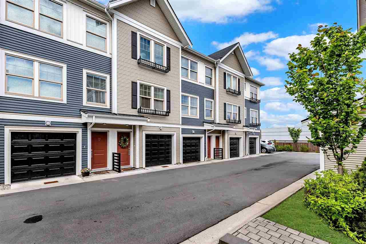 Main Photo: 34 32633 SIMON Avenue in Abbotsford: Abbotsford West Townhouse for sale : MLS®# R2474222
