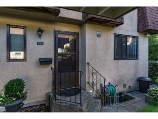 """Photo 2: 823 OLD LILLOOET Road in North Vancouver: Lynnmour Townhouse for sale in """"LYNNMOUR VILLAGE"""" : MLS®# R2111027"""