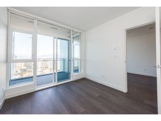 """Photo 10: 3207 4670 ASSEMBLY Way in Burnaby: Metrotown Condo for sale in """"Station Square"""" (Burnaby South)  : MLS®# R2320659"""