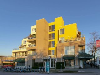 """Photo 27: 403 1978 VINE Street in Vancouver: Kitsilano Condo for sale in """"THE CAPERS BUILDING"""" (Vancouver West)  : MLS®# R2593406"""