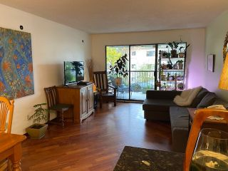 """Photo 2: 313 808 E 8TH Avenue in Vancouver: Mount Pleasant VE Condo for sale in """"Prince Albert Court"""" (Vancouver East)  : MLS®# R2518919"""