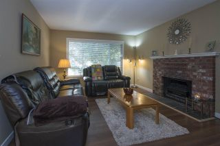 Photo 3: 3660 OLD CLAYBURN Road in Abbotsford: Abbotsford East House for sale : MLS®# R2205131