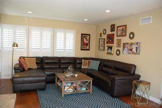 Photo 3: LA MESA House for sale : 4 bedrooms : 6305 Cresthaven Dr