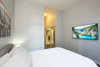 """Photo 12: 102 550 PACIFIC Street in Vancouver: Yaletown Condo for sale in """"AQUA AT THE PARK"""" (Vancouver West)  : MLS®# R2221945"""
