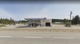 Photo 2: 3107 TRANS CANADA HWY, BC in Sorrento: FVREB Out of Town Business with Property for sale