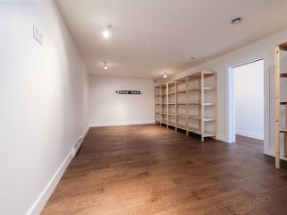 "Photo 36: 7101 DALE Road in Sechelt: Sechelt District House for sale in ""Caleda Estates"" (Sunshine Coast)  : MLS®# R2515160"