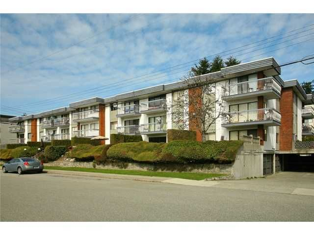 """Main Photo: # 303 1045 HOWIE AV in Coquitlam: Central Coquitlam Condo for sale in """"Villa Borghese"""" : MLS®# V935518"""