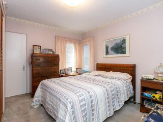 Photo 9: 2681 E 4TH Avenue in Vancouver: Renfrew VE House for sale (Vancouver East)  : MLS®# R2605962