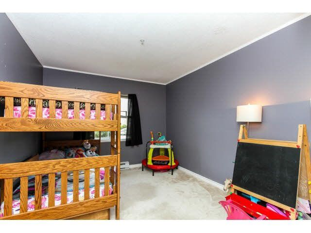 """Photo 15: Photos: 29 5666 208TH Street in Langley: Langley City Townhouse for sale in """"THE MEADOWS"""" : MLS®# F1437593"""