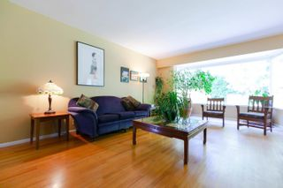 Photo 4: 4391 CAROLYN Drive in North Vancouver: Canyon Heights NV House for sale : MLS®# R2624564