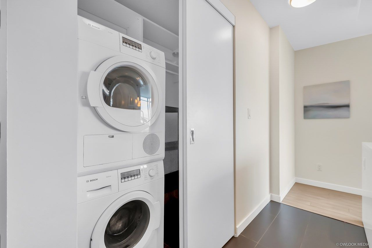 Photo 6: Photos: 1903 1775 QUEBEC Street in Vancouver: Mount Pleasant VE Condo for sale (Vancouver East)  : MLS®# R2433958